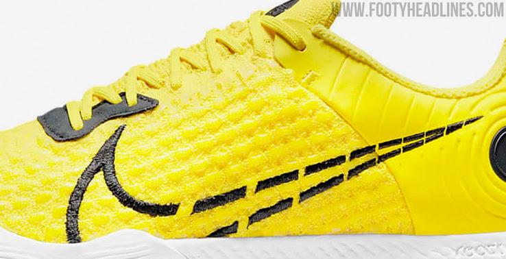 Ra mắt giày Nike React Gato mới sôi động